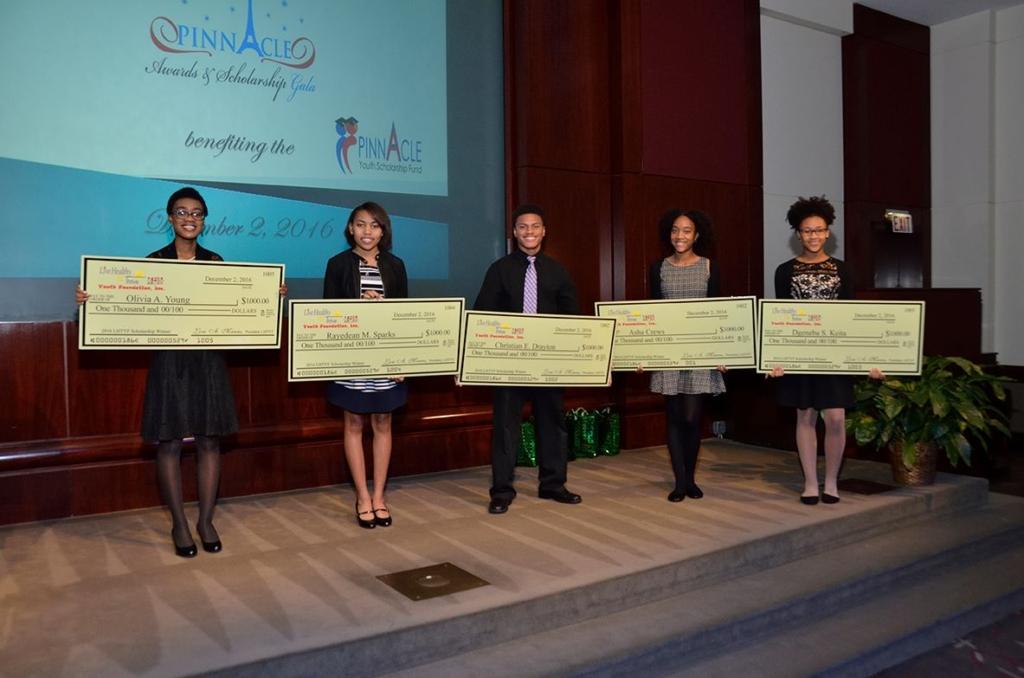 2016-gala-scholarship-kids